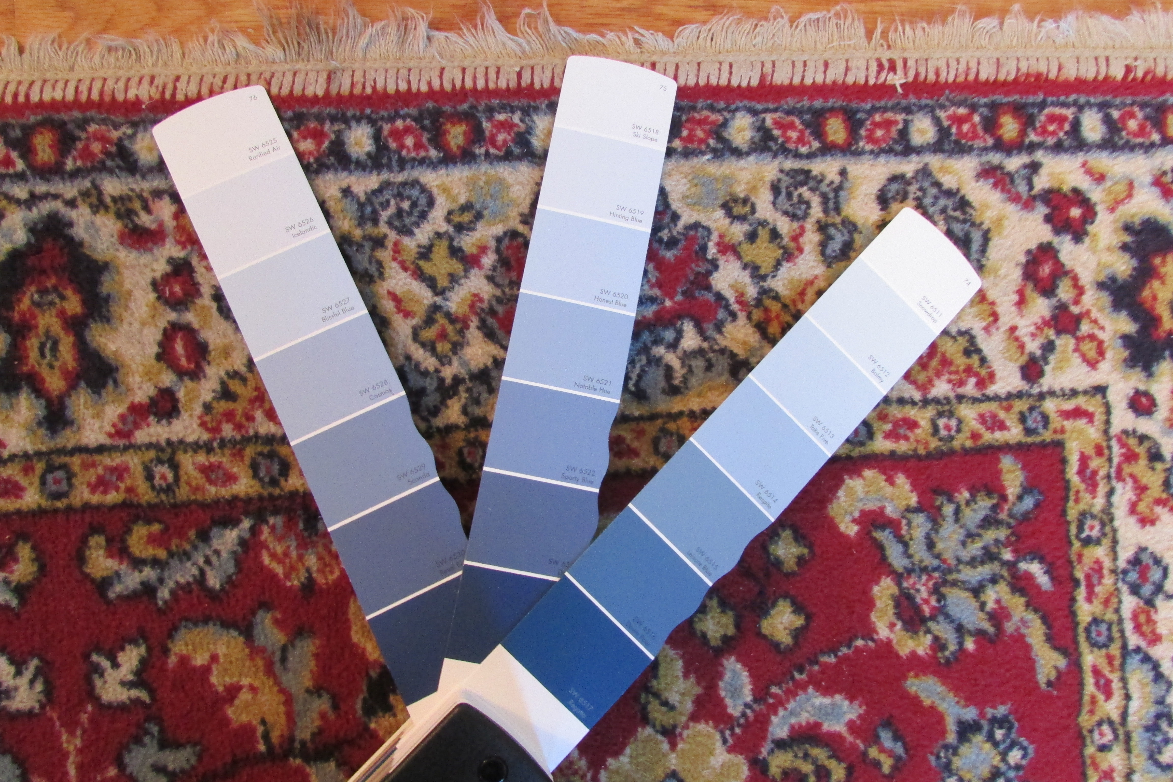 How to pick paint colors that go with an oriental rug for How to pick a rug color