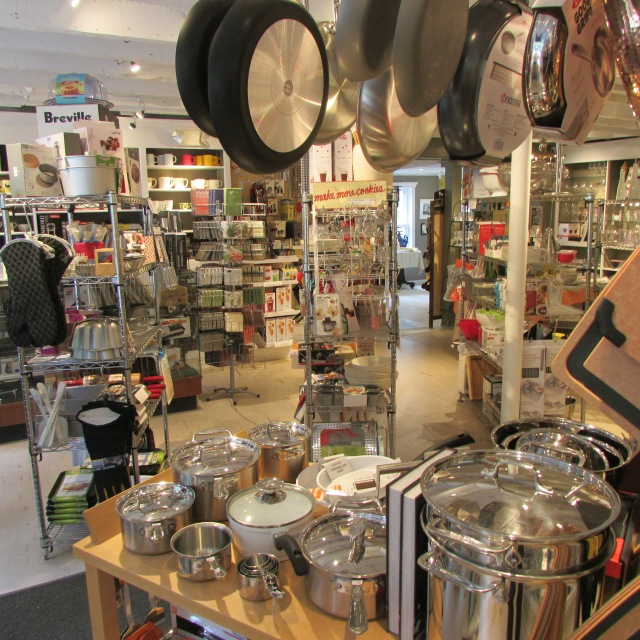 Kitchen Goods New Preston